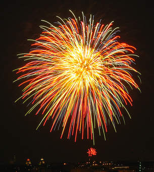 Firework_Display_3.jpg